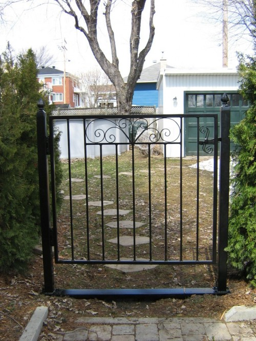R alisations ext rieures enfer design fabrication d for Porte jardin aluminium