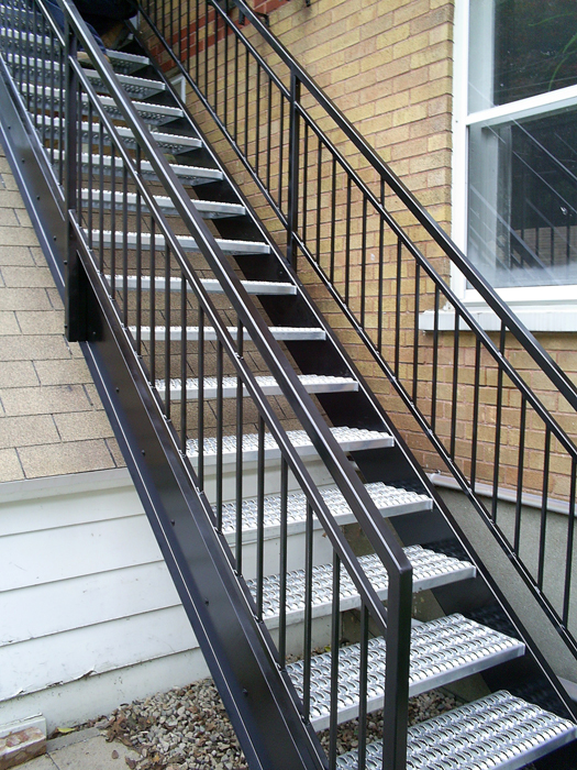 Duplex jacques enfer design fabrication d 39 l ments en for Escalier en metal pour exterieur